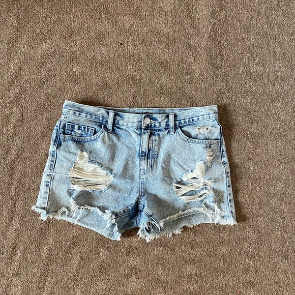 Forever 21 high waisted ripped jean shorts